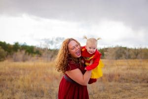 mom-playing-with-daughter-lifestyle-portrait