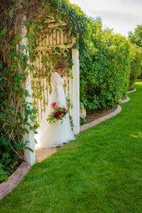 bride-at-stonebridge-manor-colorado