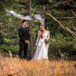couple at an outdoor Colorado October Jewish elopement